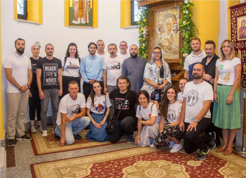 У Осовици прослављен празник иконе Пресвете Богородице Тројеручице