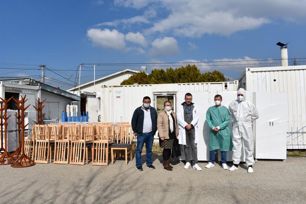 Задужбина за Косово и Метохију помогла ковид болницу из Лапљег Села