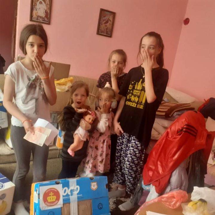 Породици Бадњар из Тјентишта достављена помоћ